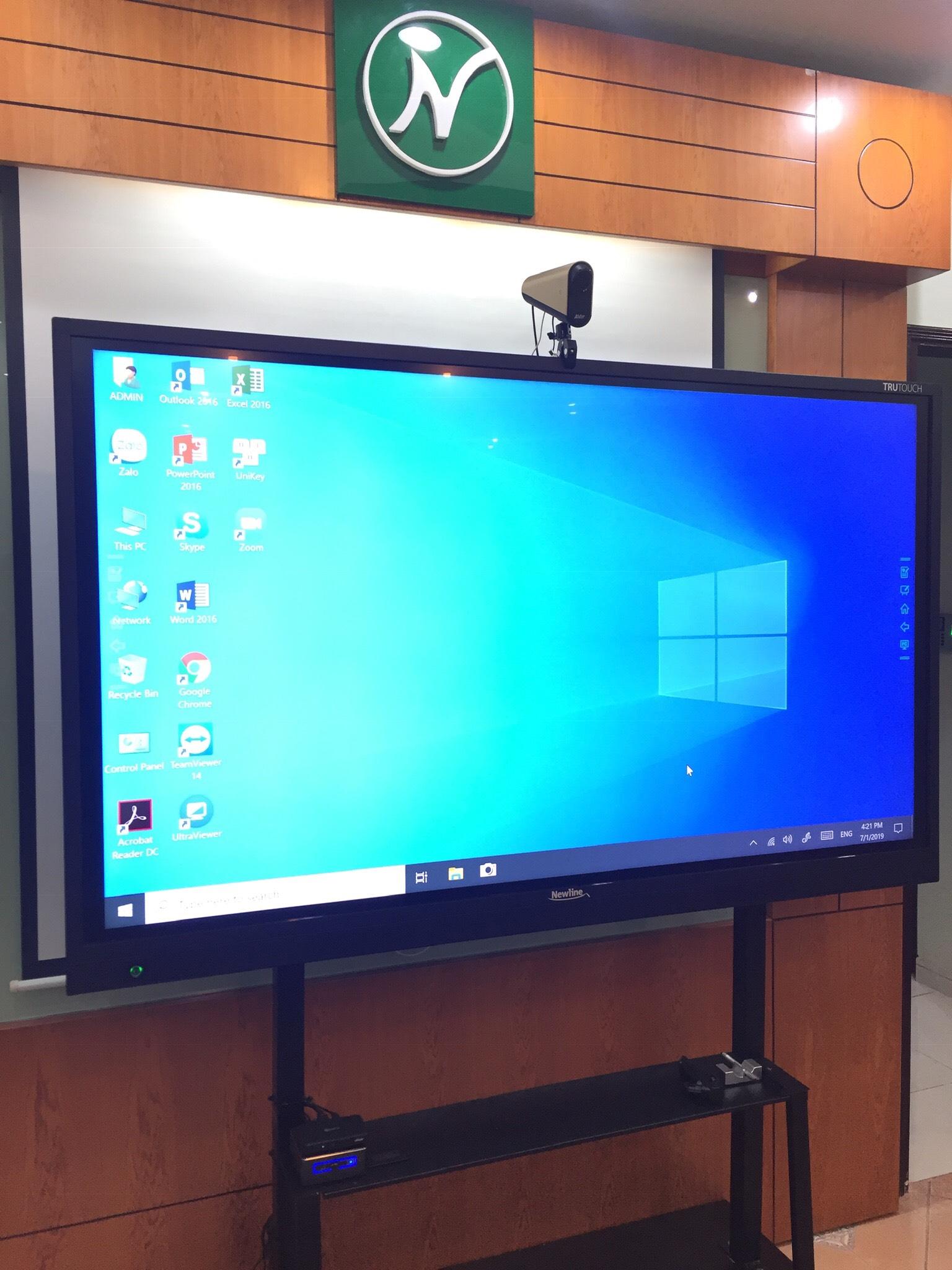 Hình ảnh lắp đặt màn hình Newline cho Phòng họp thông minh
