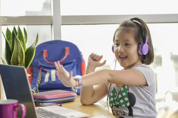 Lớp học trực tuyến – phương pháp học mùa dịch corona