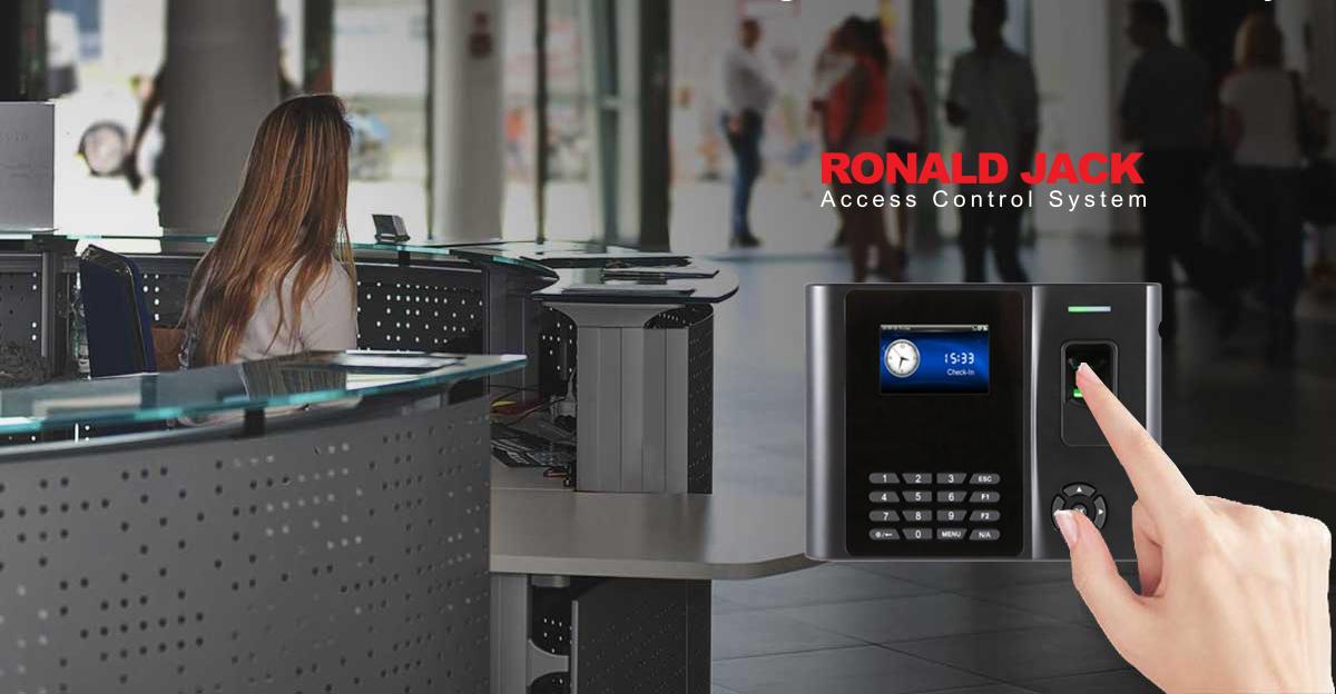 Vì sao doanh nghiệp vừa và nhỏ nên dùng máy chấm công Ronald Jack?
