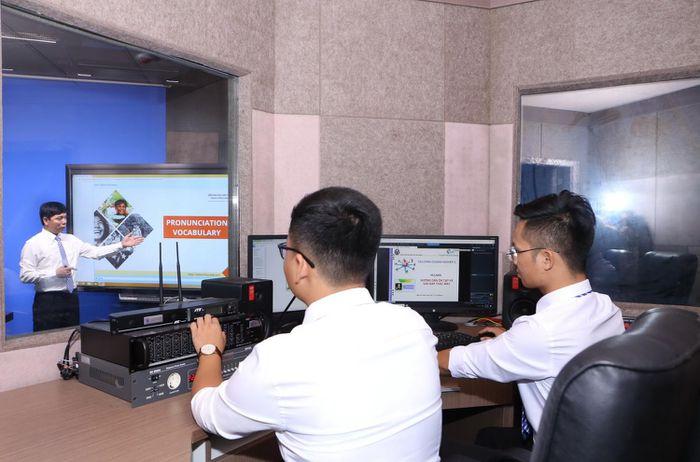 Trường ĐH Mở Hà Nội chuyển toàn bộ sang dạy – học trực tuyến