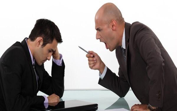 Lý giải nguyên nhân vì sao nhân viên sợ sếp như sợ cọp