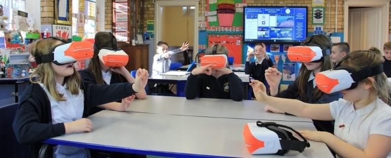 Thực tế ảo đã đóng góp những gì cho lĩnh vực giáo dục?