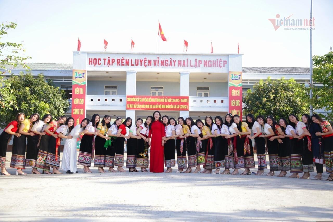 Trường học có 36 học sinh đỗ đại học từ 30 điểm trở lên
